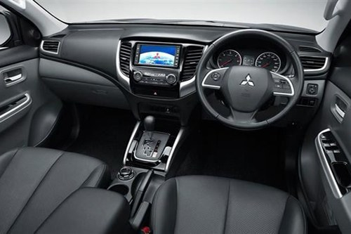 New L200 Interior NVS