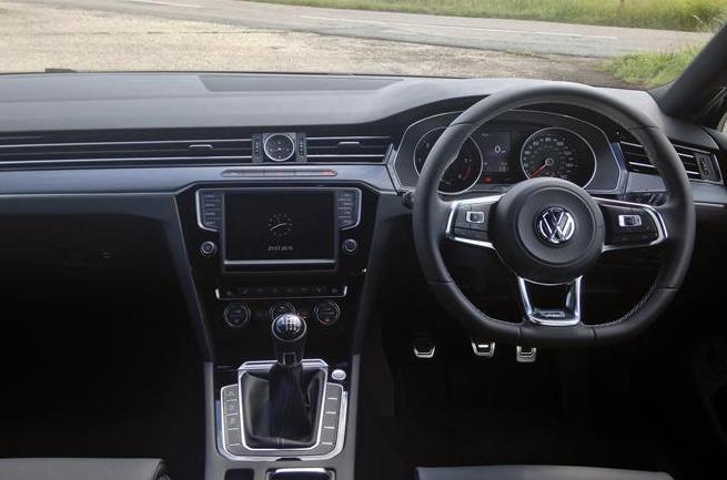 Volkswagen contract hire uk deals tiguan estate 2 0tdi for Interieur tiguan 2017